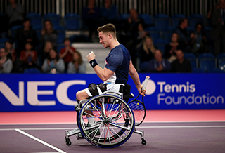 Alfie Hewett makes history with first NEC Masters men's single  title in 2017
